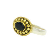 Ring With Small Onyx – R1015