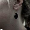 Platte druppel oorbellen glad cabochon geslepen lapis lazuli E1415-V