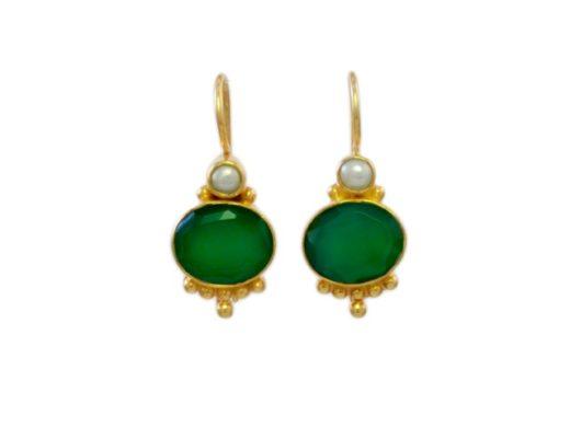 Antieke replica oorhangers groene onyx E3012
